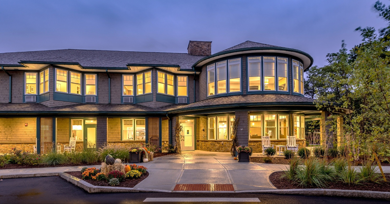 laurentide-mashpee-building-exterior-1